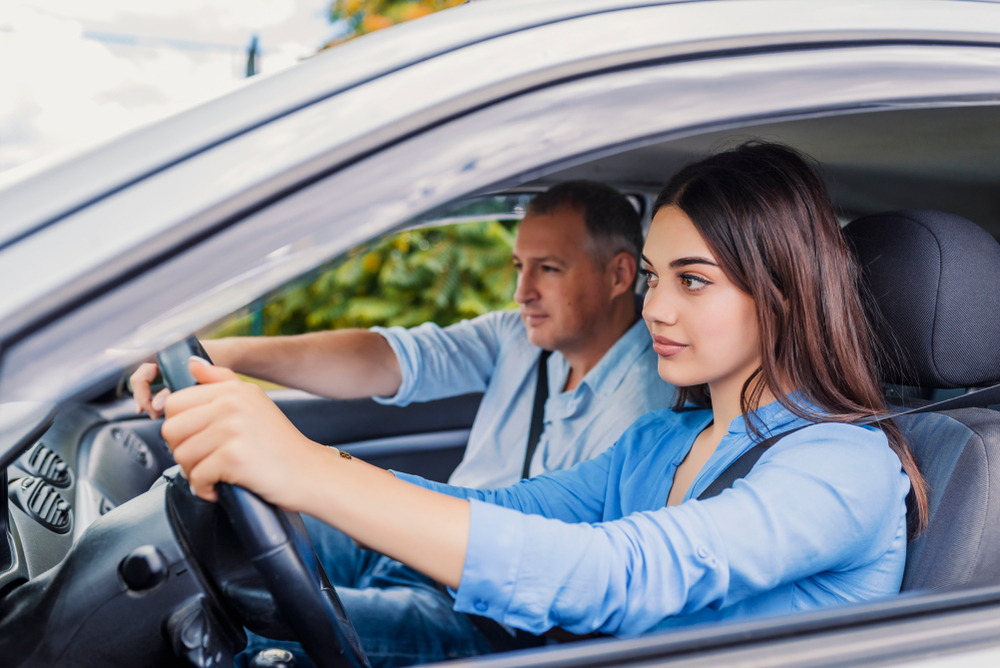 Driving lessons Manor Park
