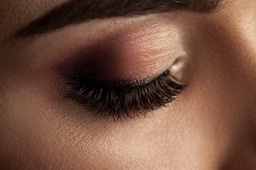 Do you ever need to take a break from eyelash extensions?